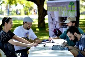 Evento é realizado todo primeiro domingo do mês e reúne, em média, 40 participantes